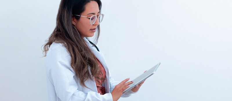 Beneficios de un software médico para el seguimiento de pacientes